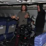 In der Flugzeug-Kulisse der Bavaria Filmstudios