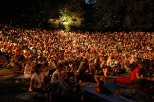 Kino, Mond & Sterne im Westpark